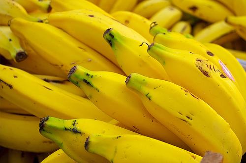 Tirar manchas de Banana da Roupa