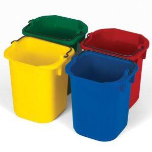 baldes para limpeza