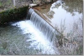 manutenção de cursos de água