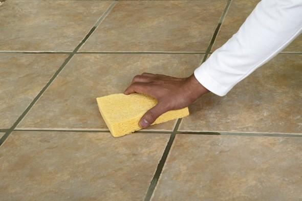 Limpeza de ch o de cer mica remover manchas e diccas de - Como sacar manchas de oxido del piso de ceramica ...