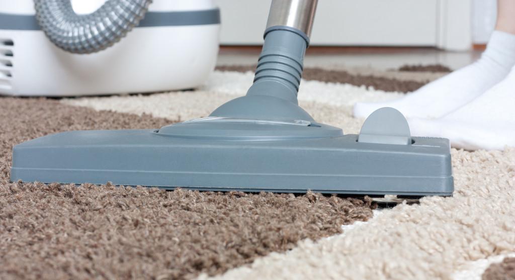 Como limpiar una alfombra en casa rápido