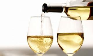 remover manchas vinho branco