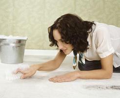 retirar manchas graxa nas carpetes