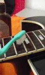 Como fazer a limpeza e manutenção do violão