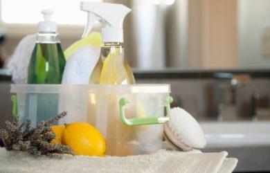 Receitas caseiras para fazer produtos de limpeza