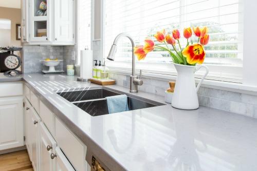 Como Limpar A Cozinha Passo A Passo Remover Manchas E
